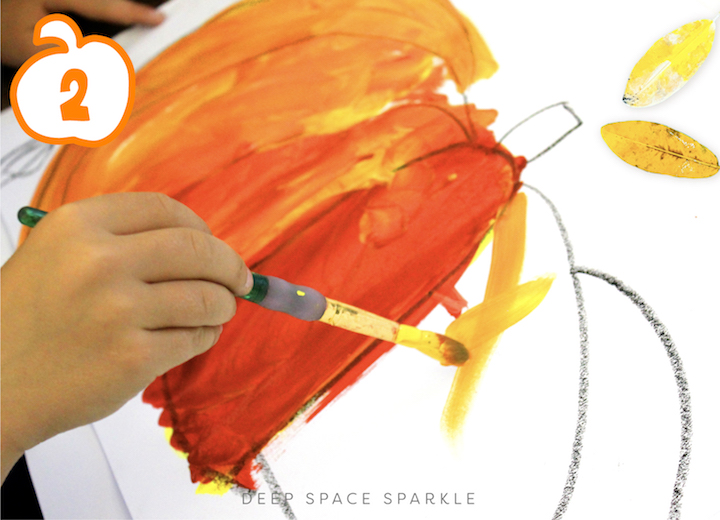 Starlight Pumpkins art projects for the fall season. Pumpkin lessons for students in the art room using easy supplies